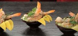 Langostinos con aguacate y mango